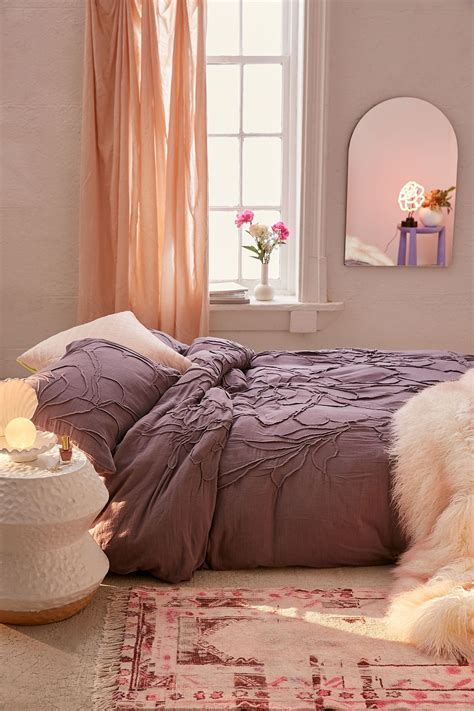 Urban Outfitters Lumi Purple Floral Roping Duvet Cover in