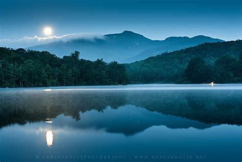 Full Moon Mountain Reflections | Perigee Moon over Price