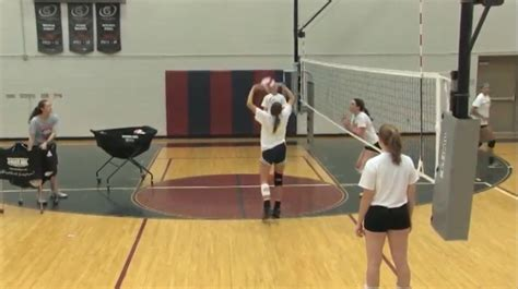 Train Middles to Read the Opponent's Setter