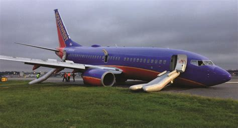 NTSB Recovers Recorders After Plane Gear Collapse   Jewish