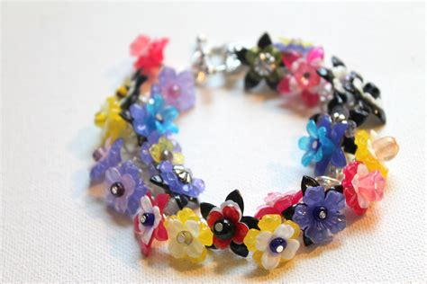 How to Make a Lucite Flower Bracelet | Emerging Creatively