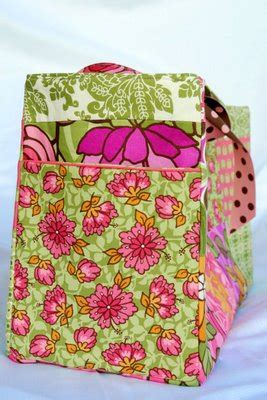 Free Baby Projects: Angela's Diaper Bag Tutorial