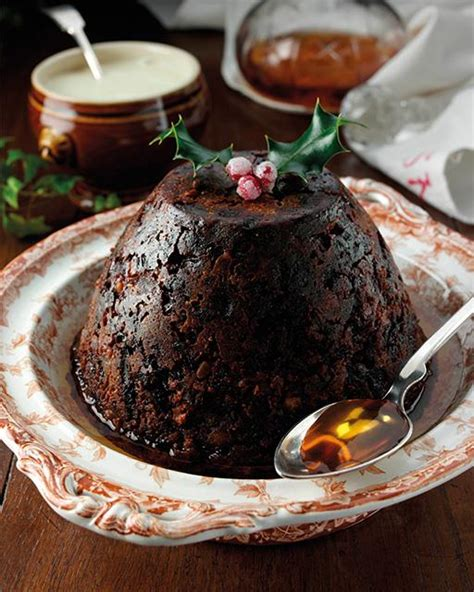 12 Traditional (and Not-So-Traditional) Christmas Pudding