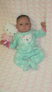 Baby doll, looks reborn, says Mama doll on her neck, 4 lbs