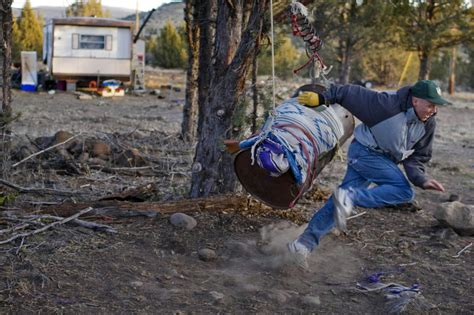 With 63% unemployment, Oregon tribe clings to hope