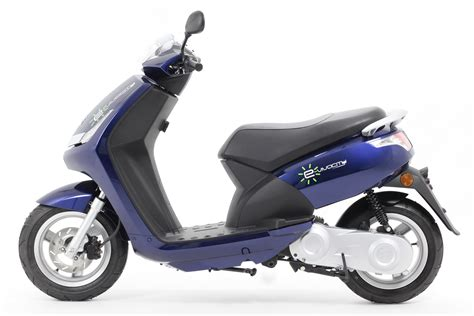 Peugeot e-Vivacity – 🛵 Electric Scooters India 2020
