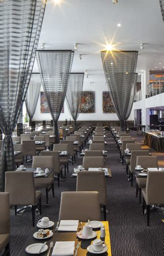 Tower Grill | Grill Restaurant in London | Tower Bridge Hotel