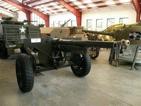 US 75mm M1897 on M2A3 carriage - English