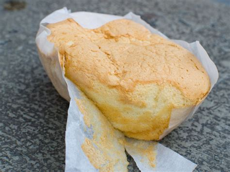 What Are Your Favorite Chinese Bakery Sweets in Chinatown