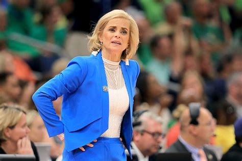 Mulkey Fastest to 600 as No