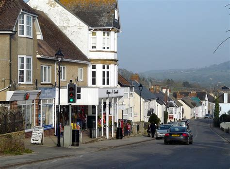 Shopping in Charmouth - Charmouth - Fossils - Jurassic