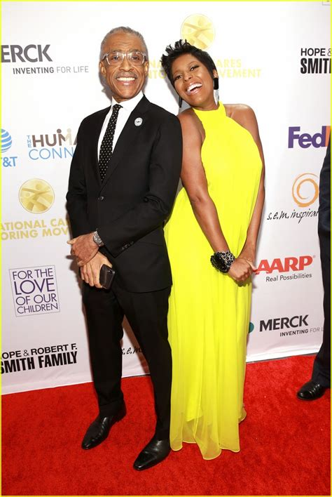 Tamron Hall, 48, Is Pregnant with First Child!: Photo