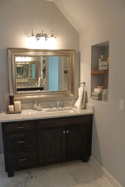 Love the vanity and mirror